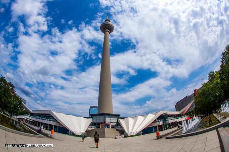 BERLIN - Berliner Fernsehturm / Berlińska Wieża Telewizyjna